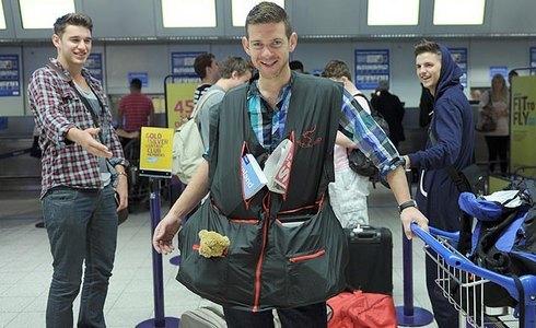 куртка ryanair багаж