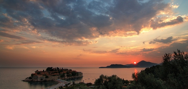 Горящие туры в Черногорию: авиа на 7 ночей - все вместе от €199 с человека! -