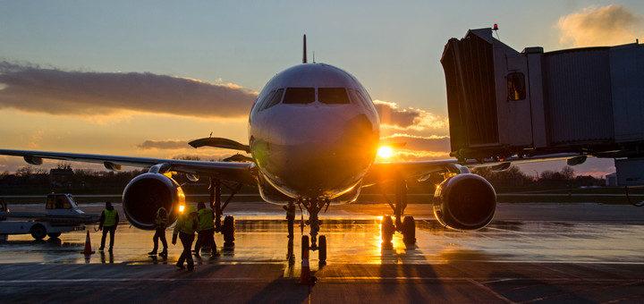 Украина полностью закрывает авиасообщение с 17 марта, соседние страны запрещают'въезд иностранцам! -