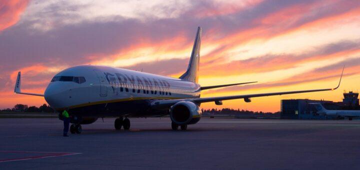 Ryanair, МАУ, SkyUp и Wizz Air приостанавливают выполнение своих рейсов! Как вернуть средства. -