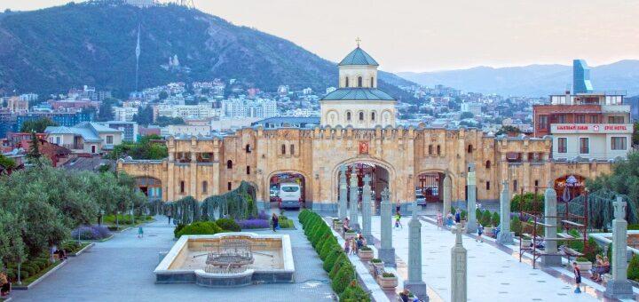 Грузия открывает границы для украинских туристов с 1 марта! -